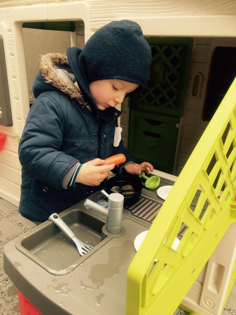 Radiomamabirthday: Smoby- Spielhaus mit Sommerküche für EUCH ...